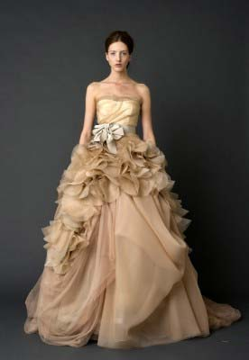 15b74c407fa49 Here's a look at the 2012 Bridal Collection from designer Vera Wang. Click  on thumbnails to see large image